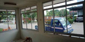jendela kaca