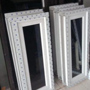 contoh jendela kaca