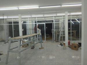 proses pintu kaca