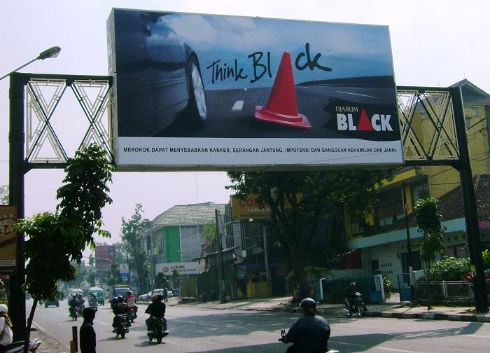 billboard besar