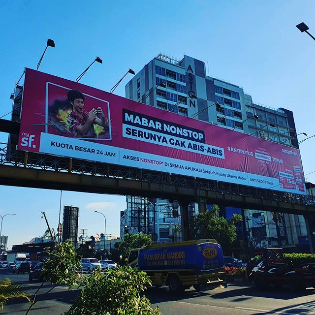 billboard iklan nonstop