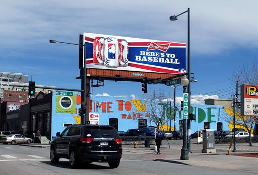 konstruksi billboard